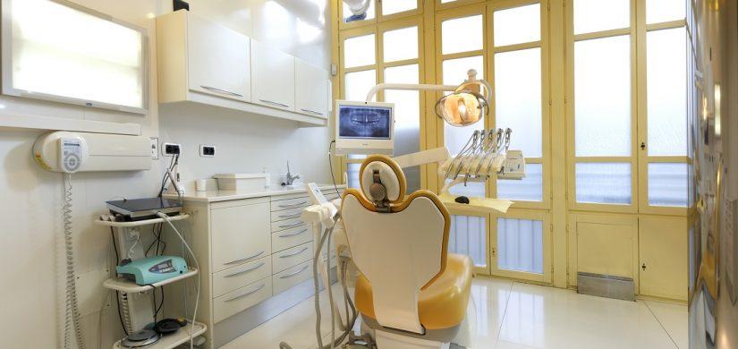 Clínica Cobo Gabinete Implantes.